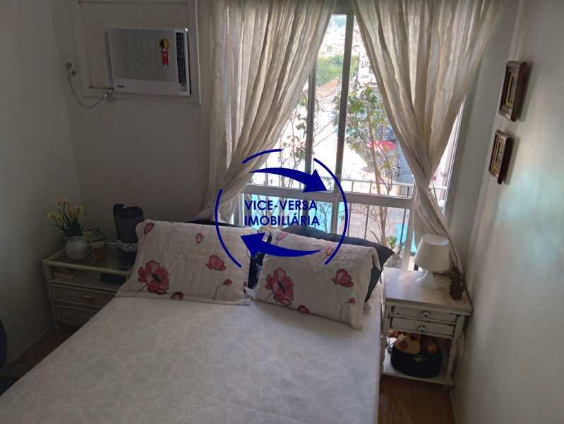 08- Primeiro quarto - Excelente apartamento na Rua Ribeiro Guimarães -Tijuca, com 67m² em condomínio com ótima infraestrutura, situado a menos de 5 min andando do shopping Tijuca. Monitoramento por câmeras e portaria 24hs. - 1388 - 10
