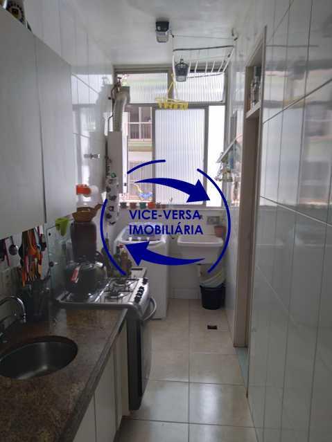 15-Cozinha - Excelente apartamento na Rua Ribeiro Guimarães -Tijuca, com 67m² em condomínio com ótima infraestrutura, situado a menos de 5 min andando do shopping Tijuca. Monitoramento por câmeras e portaria 24hs. - 1388 - 18