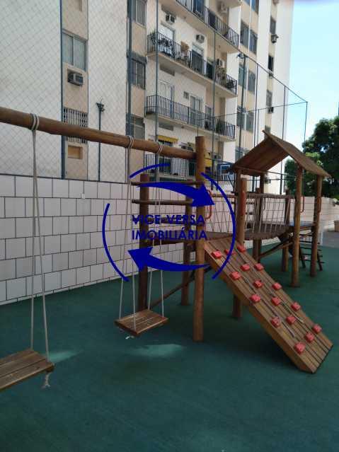 21-Parque infantil - Excelente apartamento na Rua Ribeiro Guimarães -Tijuca, com 67m² em condomínio com ótima infraestrutura, situado a menos de 5 min andando do shopping Tijuca. Monitoramento por câmeras e portaria 24hs. - 1388 - 22