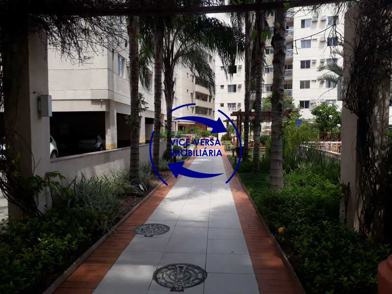 Circulação - Apartamento À venda no Pechincha - 69m², sala para 2 ambientes, varanda, 3 quartos, sendo 1 menor adequado para escritório, 2 banheiros, vaga de garagem, infraestrutura completa! - 1396 - 30
