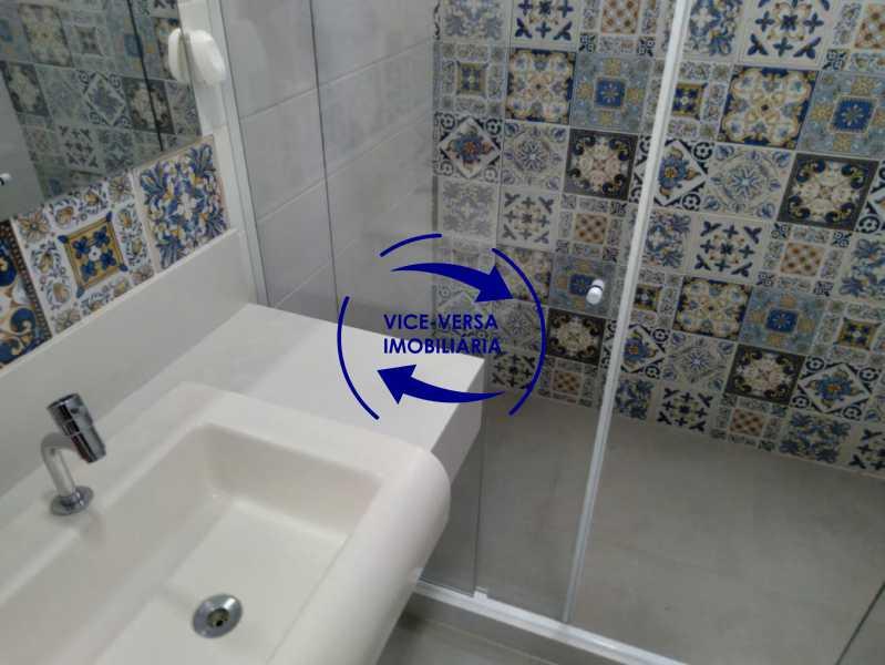 Banheiro - Ampla casa com piscina, frente de rua, com 413 m² construído, no Méier prox. a rua Hermengarda. - 1400 - 20