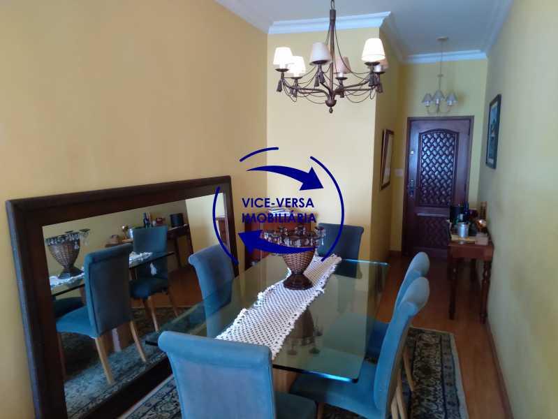 Sala de Jantar - Belíssimo apartamento À venda na Rua Leopoldo Miguez - Copacabana - 110m², 3 amplos quartos repletos de armários, garagem, 350m da praia e 400m do metrô Cantagalo. - 1399 - 8