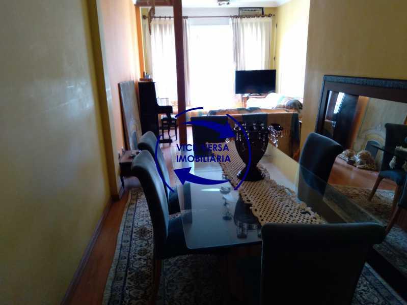 Sala de Jantar - Belíssimo apartamento À venda na Rua Leopoldo Miguez - Copacabana - 110m², 3 amplos quartos repletos de armários, garagem, 350m da praia e 400m do metrô Cantagalo. - 1399 - 1