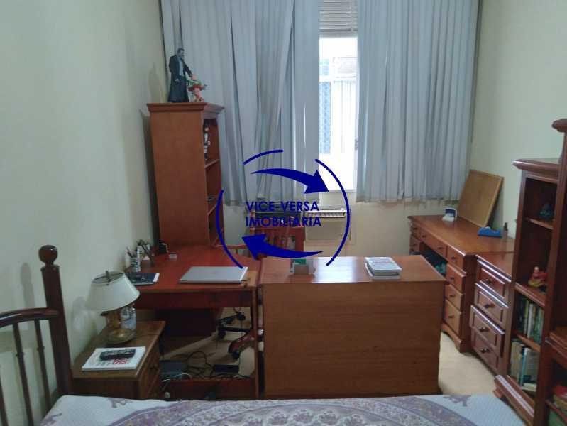 Quarto 3 - Belíssimo apartamento À venda na Rua Leopoldo Miguez - Copacabana - 110m², 3 amplos quartos repletos de armários, garagem, 350m da praia e 400m do metrô Cantagalo. - 1399 - 16