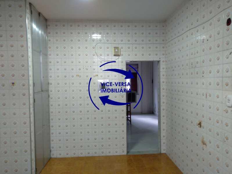 20210514_104136 - Ótimo apartamento com 73 m² em Inhaúma, amplo, vazio, em bom estado, sala, 2 quartos, banheiro, copa-cozinha, área de serviço e amplo quintal. - 1404 - 22