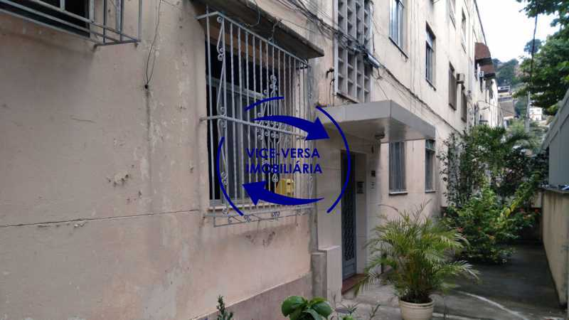 Fachada - Ótimo apartamento com 73 m² em Inhaúma, amplo, vazio, em bom estado, sala, 2 quartos, banheiro, copa-cozinha, área de serviço e amplo quintal. - 1404 - 28