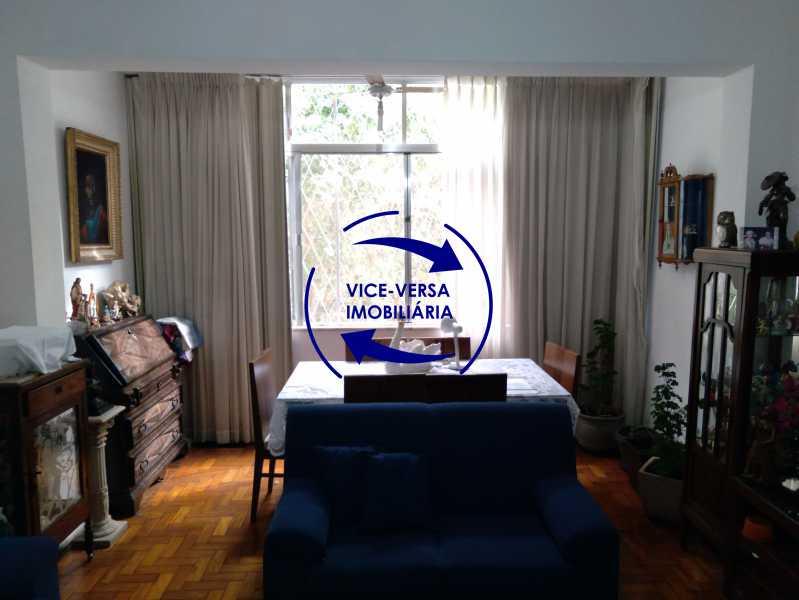 Sala - Excelente apartamento com 97m² em rua fechada com guarita de segurança, na rua Jorge Rudge. - 1405 - 5