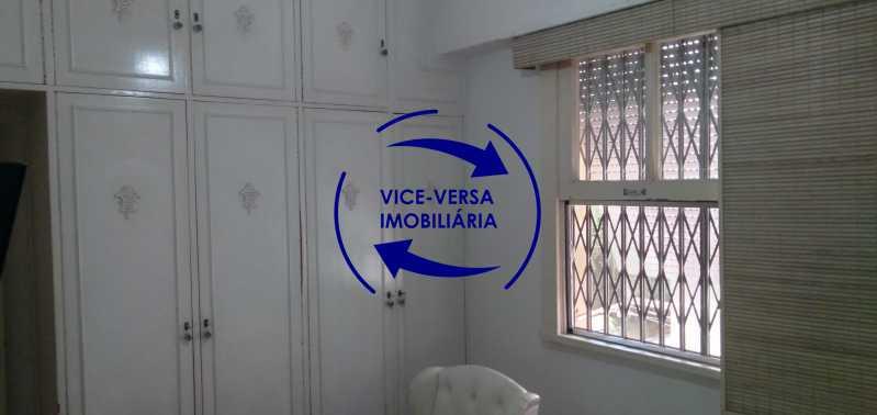 Quarto 1 - Excelente apartamento com 97m² em rua fechada com guarita de segurança, na rua Jorge Rudge. - 1405 - 10