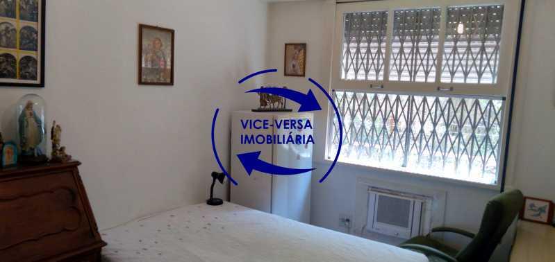 Quarto 3 - Excelente apartamento com 97m² em rua fechada com guarita de segurança, na rua Jorge Rudge. - 1405 - 16