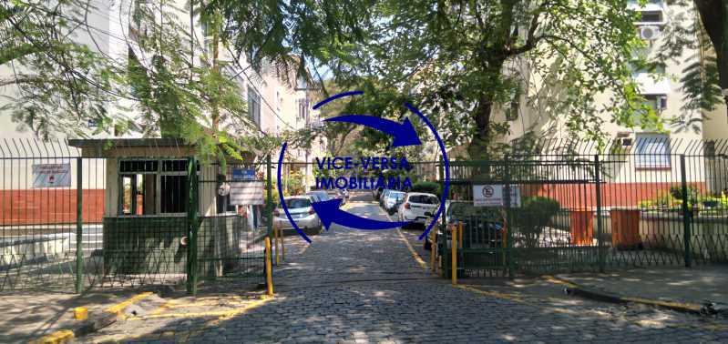 Guarita - Excelente apartamento com 97m² em rua fechada com guarita de segurança, na rua Jorge Rudge. - 1405 - 1