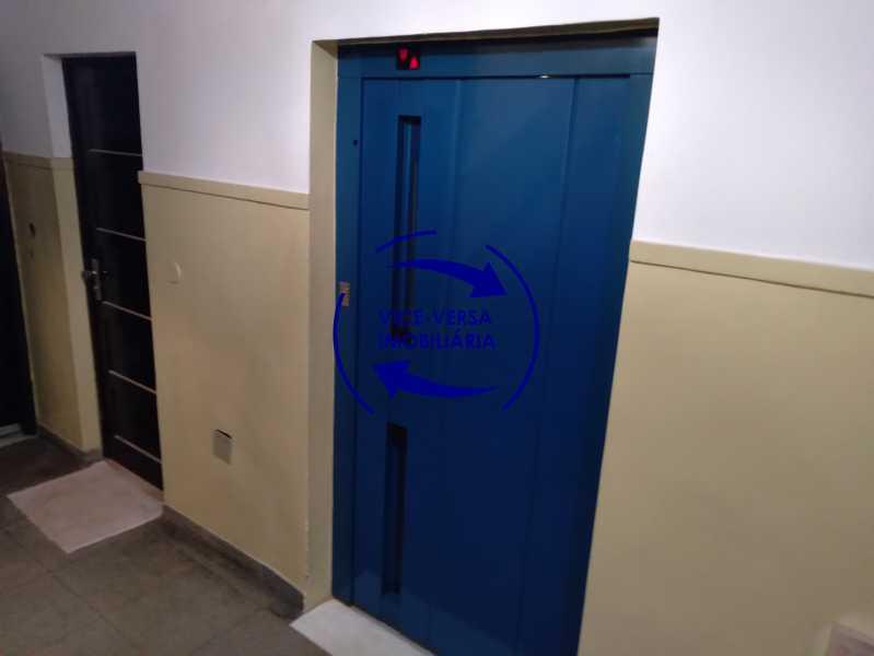 Elevador - Excelente apartamento com 97m² em rua fechada com guarita de segurança, na rua Jorge Rudge. - 1405 - 24