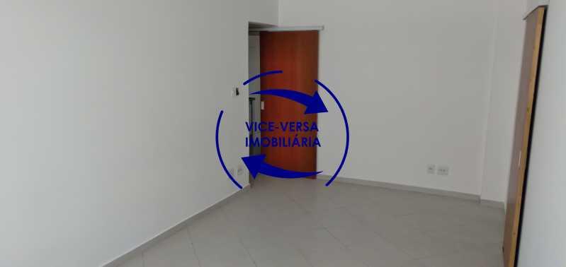 Sala - Excelente apartamento na Rua Maestro Vila Lobos, com 93m² (sala, 3quartos, dependências, garagem), super bem localizado, pertinho da praça Afonso Pena. - 1413 - 5