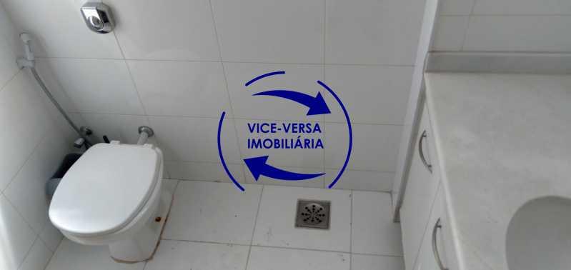 Banheiro - Excelente apartamento na Rua Maestro Vila Lobos, com 93m² (sala, 3quartos, dependências, garagem), super bem localizado, pertinho da praça Afonso Pena. - 1413 - 22