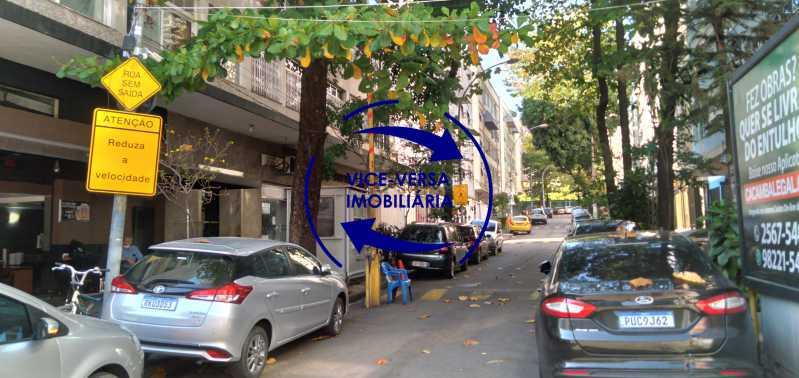 Rua fechada com cancela - Excelente apartamento na Rua Maestro Vila Lobos, com 93m² (sala, 3quartos, dependências, garagem), super bem localizado, pertinho da praça Afonso Pena. - 1413 - 30