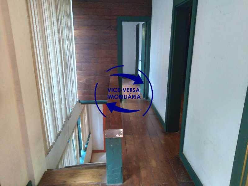 Circulação - Gávea, parte nobre, Rua João Borges, casa com 308m² em condomínio fechado, em meio ao verde. - 1377-A - 25