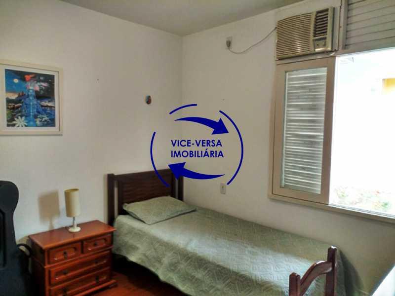 primeiro-quarto - Anil, Estrada Uruçanga, casa, condomínio fechado, 3 salas, varanda, 3 quartos (1 suíte), lavabo, piscina, churrasqueira! - 1106 - 14