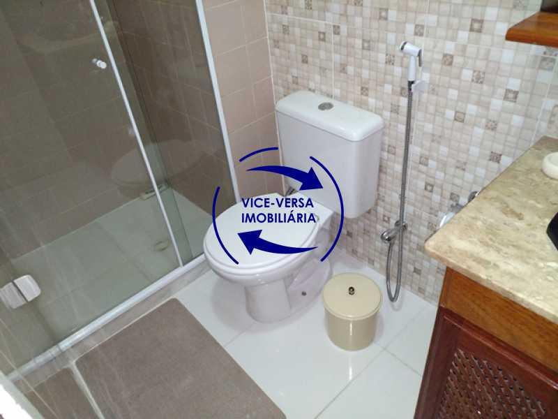 banheiro-da-suite - Anil, Estrada Uruçanga, casa, condomínio fechado, 3 salas, varanda, 3 quartos (1 suíte), lavabo, piscina, churrasqueira! - 1106 - 21