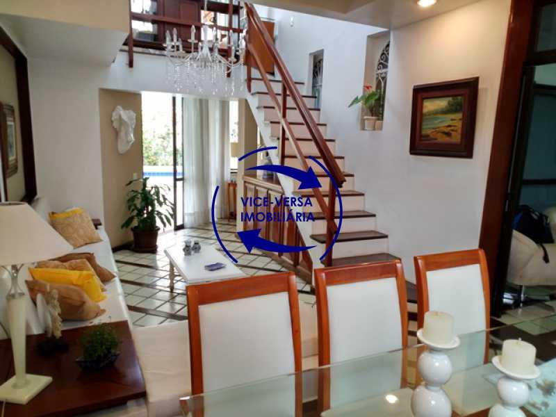 sala-2-ambientes - Anil, Estrada Uruçanga, casa, condomínio fechado, 3 salas, varanda, 3 quartos (1 suíte), lavabo, piscina, churrasqueira! - 1106 - 3