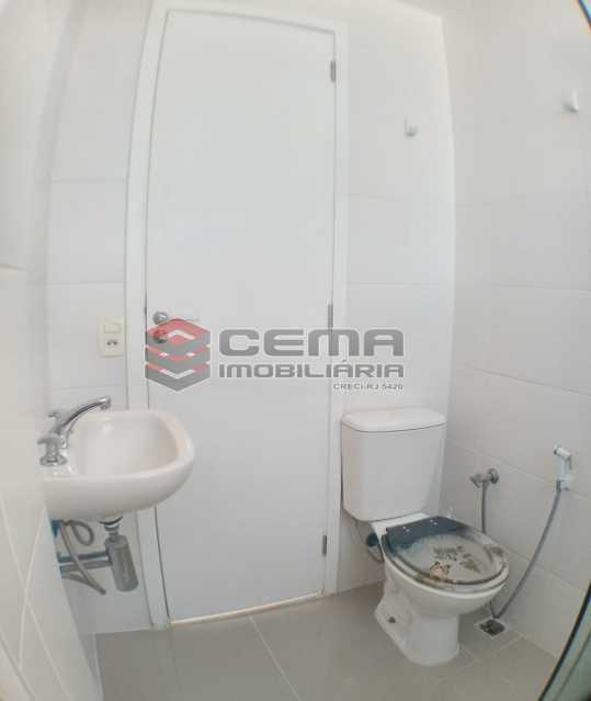 Banheiro social  - Apartamento 1 quarto para alugar Catete, Zona Sul RJ - R$ 2.700 - LAAP10907 - 17