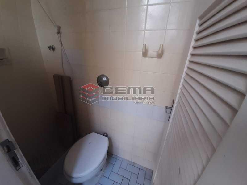 banheiro de serviço - Apartamento 2 quartos à venda Copacabana, Zona Sul RJ - R$ 599.000 - LAAP21585 - 12