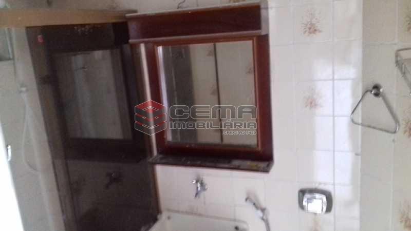 Banheiro  - Apartamento à venda Rua Benjamim Constant,Glória, Zona Sul RJ - R$ 318.000 - LAAP11027 - 16