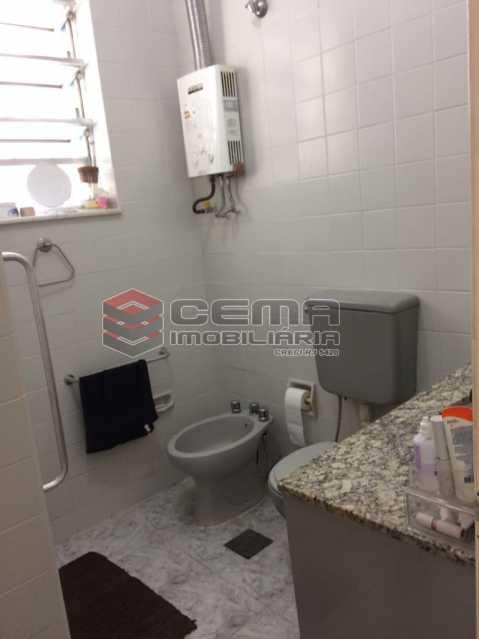 6-BANHEIRO 1. - Apartamento à venda Rua Buarque de Macedo,Flamengo, Zona Sul RJ - R$ 1.047.000 - LA33750 - 24