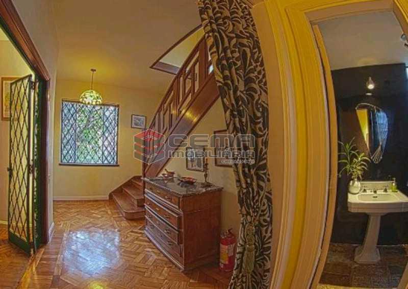 escada de acesso - Casa Duplex no Cosme Velho - LACA60011 - 13