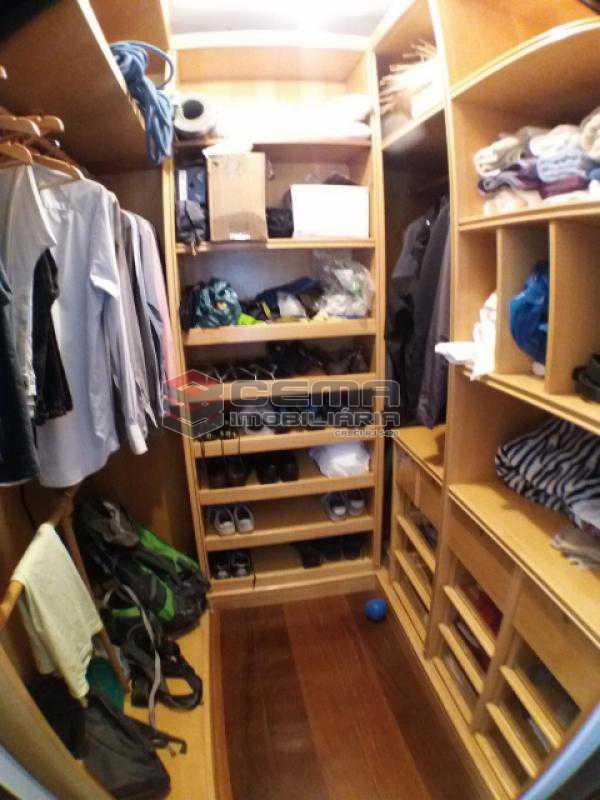Quarto 1 /Closet - Apartamento com varanda, 3 três quartos em Laranjeiras. - LAAP31811 - 12