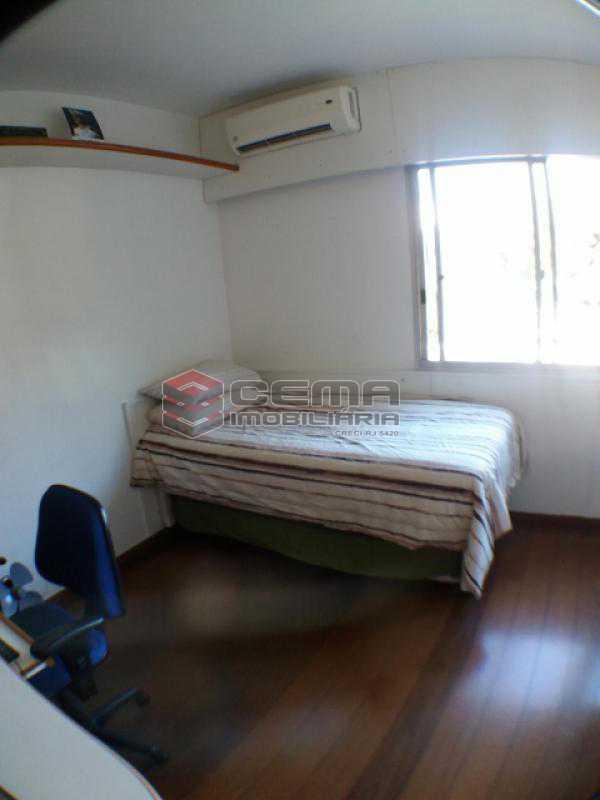 Quarto 2 - Apartamento com varanda, 3 três quartos em Laranjeiras. - LAAP31811 - 14