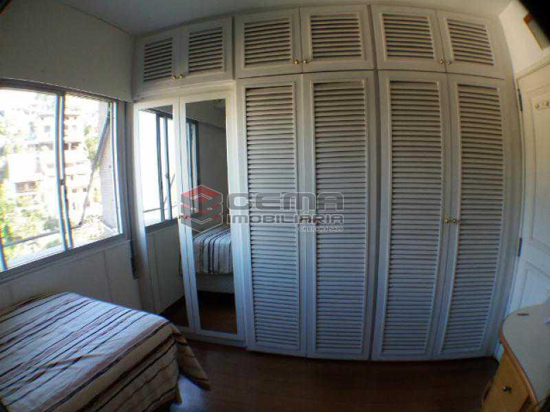 Quarto 2 - Apartamento com varanda, 3 três quartos em Laranjeiras. - LAAP31811 - 13