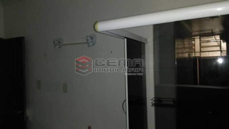 banheiro - Apartamento andar alto com vista livre e Cristo em Botafogo - LAAP11242 - 19