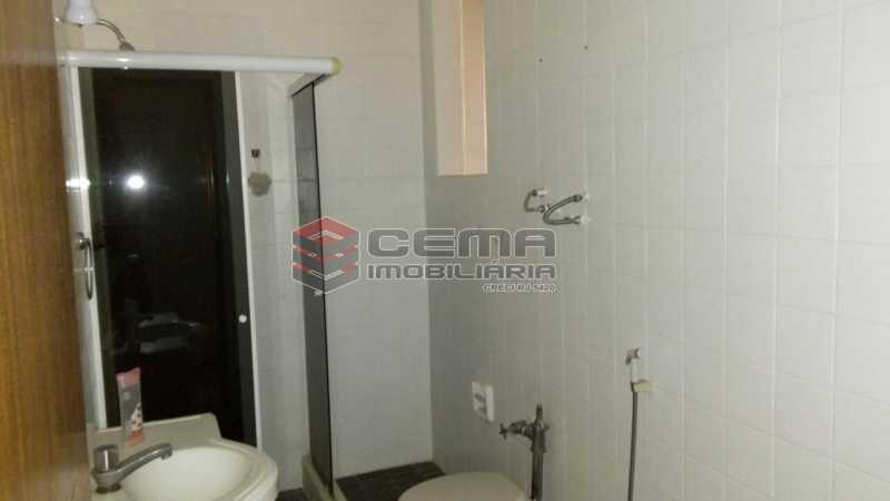 banheiro - Apartamento andar alto com vista livre e Cristo em Botafogo - LAAP11242 - 20