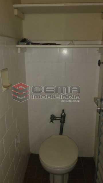 banheiro de serviço - Apartamento andar alto com vista livre e Cristo em Botafogo - LAAP11242 - 29