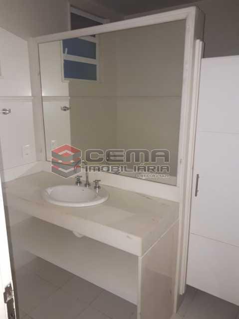 banheiro social - Atlântica. Apartamento 4 quartos com 2 vagas. - LAAP40495 - 15