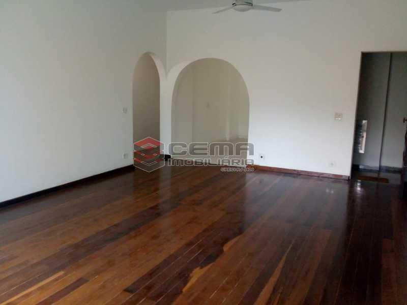Salão Amplo D - Excelente Apartamento 3 quartos com vaga no Catete - LAAP32461 - 3