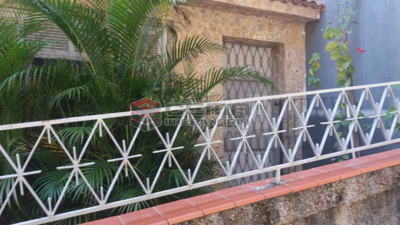 entrada - Casa À Venda - Santa Teresa - Rio de Janeiro - RJ - LACA40066 - 1