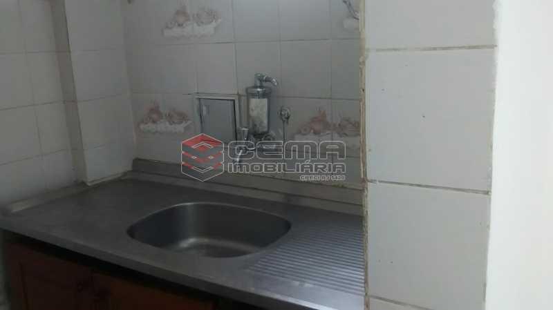 banheiro - Kitnet/Conjugado 24m² à venda Rua Ferreira Viana,Flamengo, Zona Sul RJ - R$ 350.000 - LAKI00880 - 11