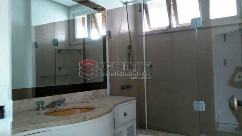 banheiro - Apartamento À Venda - Rio de Janeiro - RJ - Botafogo - LAAP32638 - 14