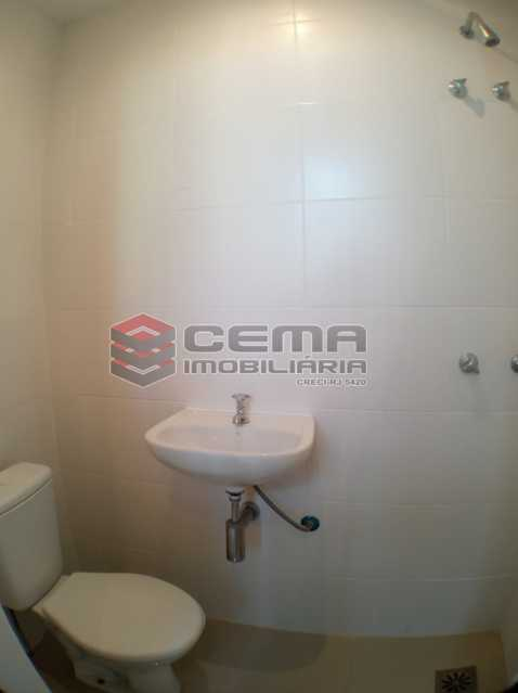 Banheiro de serviço - Apartamento 2 quartos para alugar Catete, Zona Sul RJ - R$ 2.500 - LAAP23171 - 22