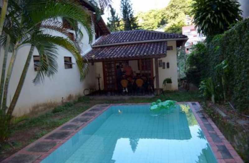 1 - LR40303 Excelente casa com vista para o verde, salão para vários ambientes COSME VELHO RJ - LR40303 - 1