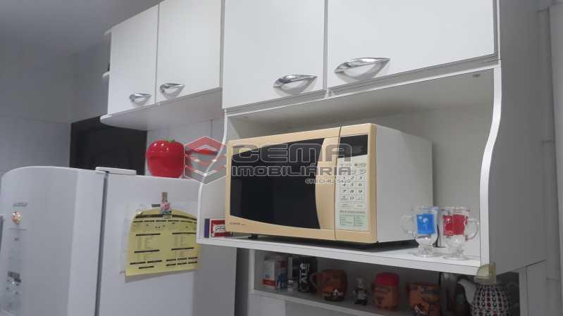 Cozinha - Apartamento à venda Rua Conde de Bonfim,Tijuca, Zona Norte RJ - R$ 540.000 - LAAP32990 - 14