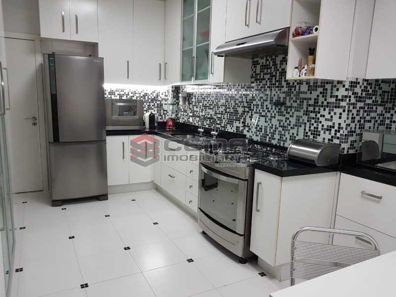 10 - Apartamento À Venda - Flamengo - Rio de Janeiro - RJ - LAAP33099 - 16