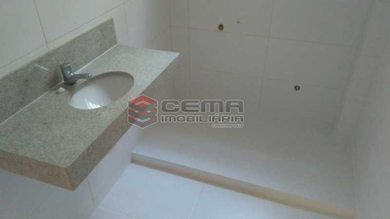 banheiro - Kitnet/Conjugado À Venda - Glória - Rio de Janeiro - RJ - LAKI01081 - 8