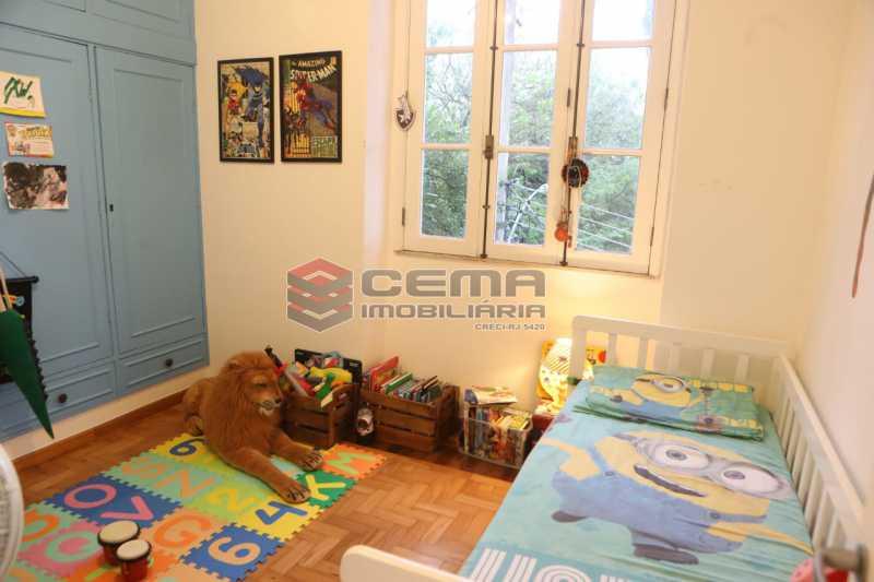 23 - casa 4 quartos com 2 vagas em Santa teresa - LACA40086 - 24