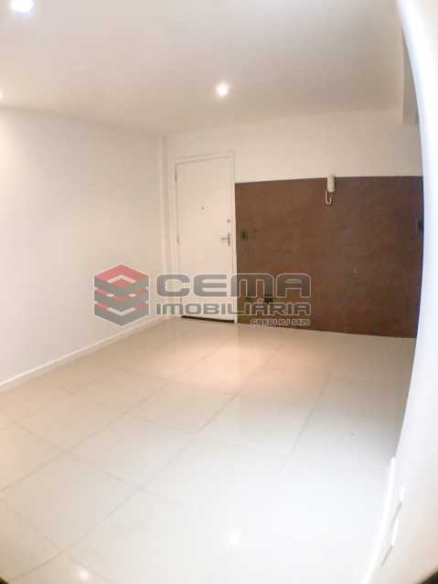 Sala/Cozinha/Esp. máq.de lavar - Conjugadão Quadra da praia, Correa Dutra - LAAP12181 - 9