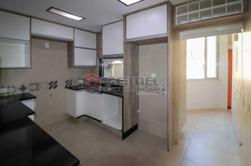 HONORIO DE BARROS 10. - 2 quartos todo reformado na rua Honório de Barros - LAAP24019 - 12