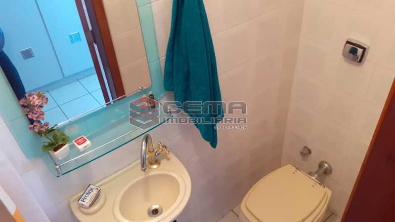 banheiro de empregada - Cobertura À Venda - Flamengo - Rio de Janeiro - RJ - LACO30256 - 25