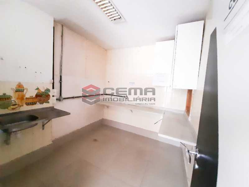 WhatsApp Image 2020-02-04 at 1 - Andar com 13 salas comerciais para alugar com 2 vagas na garagem em Copacabana, 460m. - LAAN00085 - 18