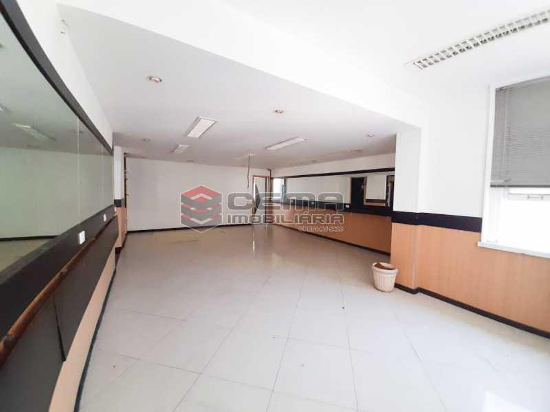 WhatsApp Image 2020-02-04 at 1 - Andar com 13 salas comerciais para alugar com 2 vagas na garagem em Copacabana, 460m. - LAAN00085 - 1