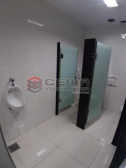 Banheiro masculino  - Andar comercial Alto Padrão - LAAN00086 - 11